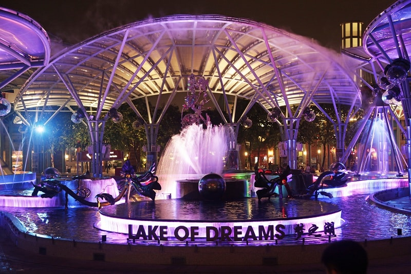 lake-of-dreams-min