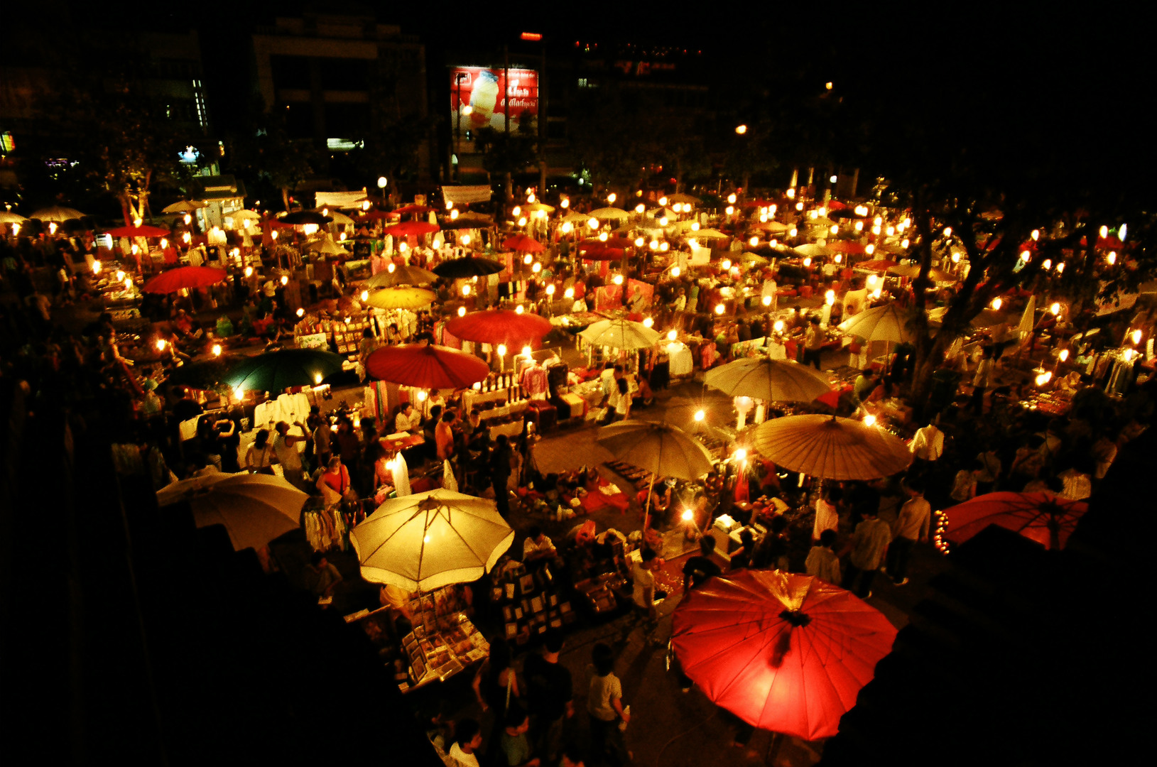 night_markets_worldwide_303415
