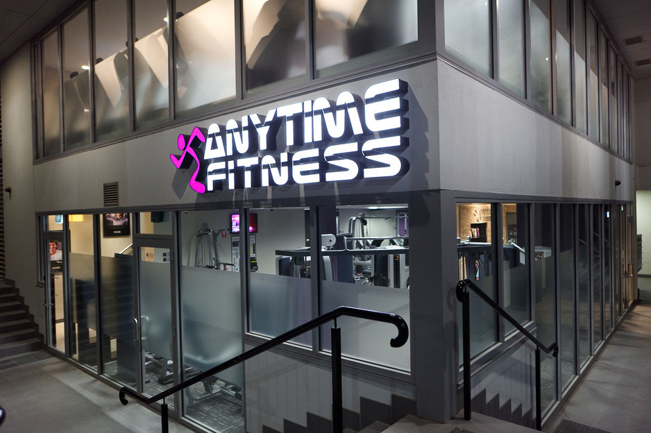 anytime-fitness-kingston-kingston-gyms-fitness-centres-corner-of-giles-st-andprinters-way-kingston-foreshore-28d5-938x704