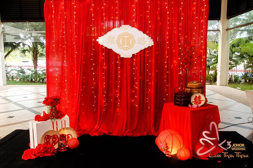 These wedding decorations are going to make your big day fabulous image credit less than three wedding johor junglespirit