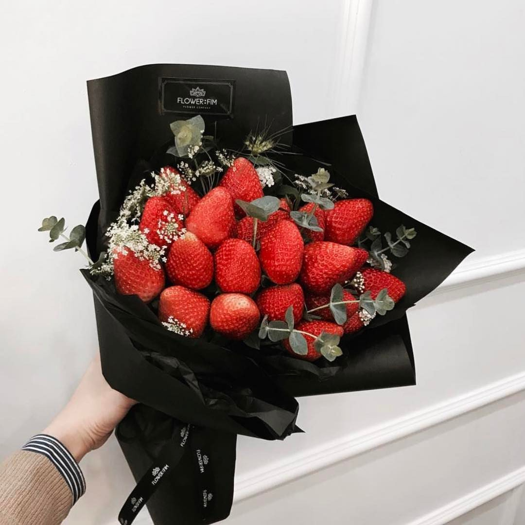 5 out of the ordinary flower bouquets for a more memorable strawberry bouquet was first introduced in south korea since it resembles to the typical red roses this one is an ideal gift for sweet milady izmirmasajfo