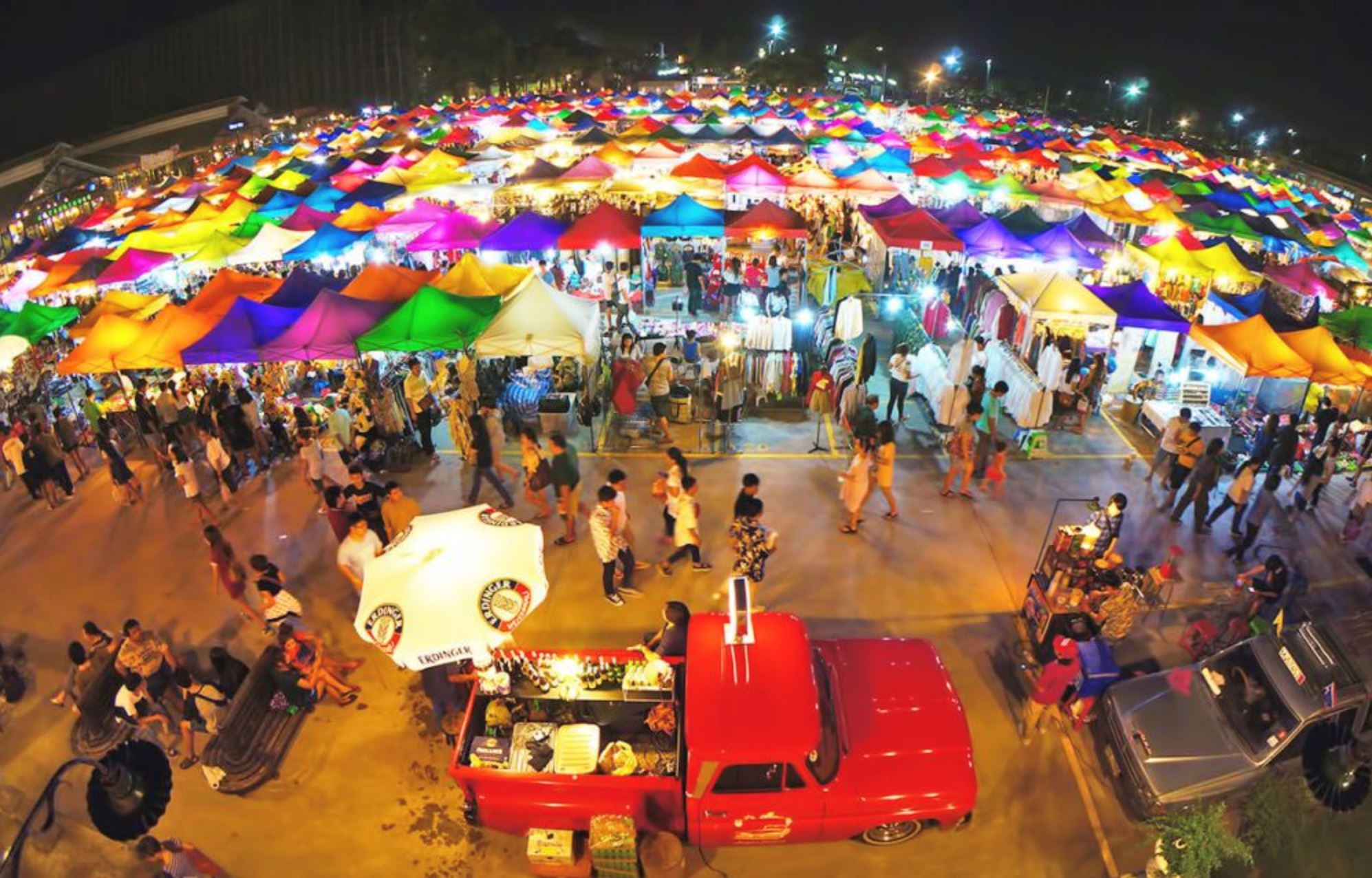 Ipoh Walk Night Bazaar Is Back With Thousand of Surprises This December 8!  - JOHOR NOW