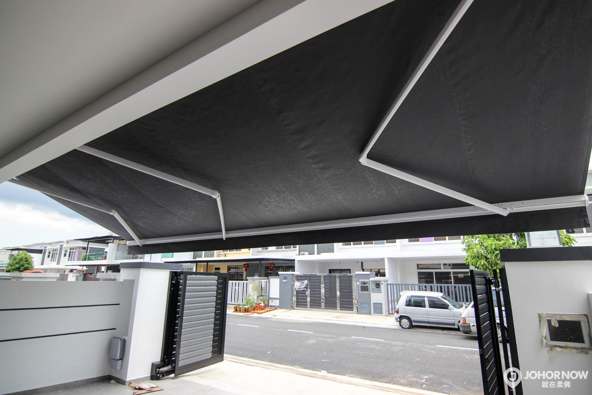 SYT Canvas: Home of Leading Premium Motorized Retractable Sunshades
